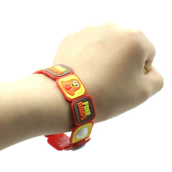 Custom PVC rubber wristbands for Promotion, Souvenirs Sporting events.With good quality and low price By China factory manufacturing directly.contactt:info@pvccrearions.net